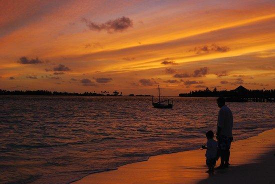 Six Senses Laamu : Sunset