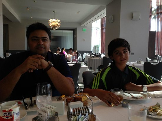 Loews Hollywood Hotel: Syed Ali Abbas & Zain Ali Nasir during breakfast at Loews Hollywood