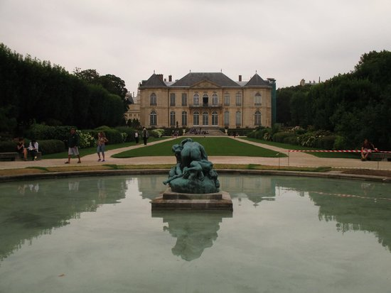 Musée Rodin : A view of Musee Rodin's  home and gardens