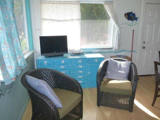 Sitting area in Maui Ocean Breezes
