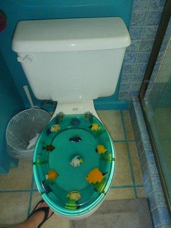 Toilet in Maui Ocean Breezes house