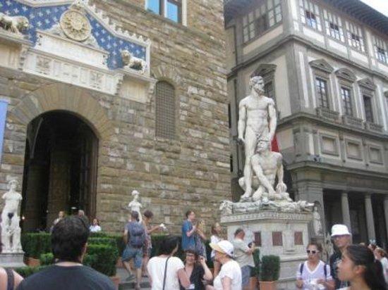 Museo di Palazzo Vecchio : У входа в музей