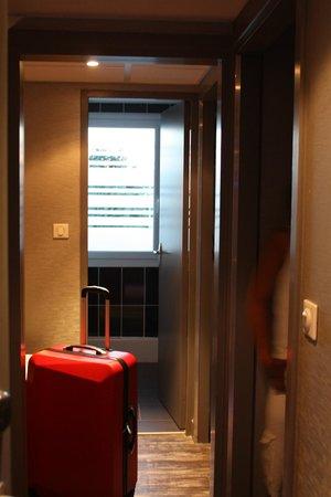 Ibis Styles Blois Centre Gare : Entrée