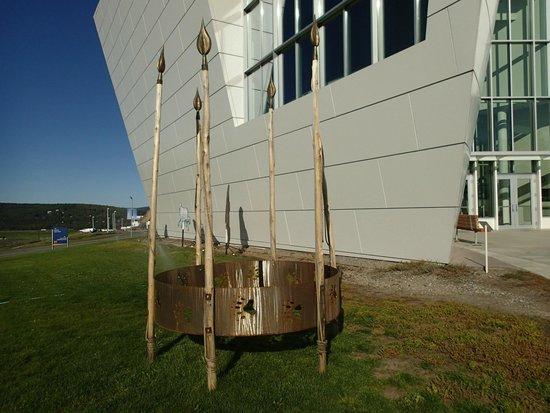 University of Alaska Museum of the North: The Welcoming Sculpture