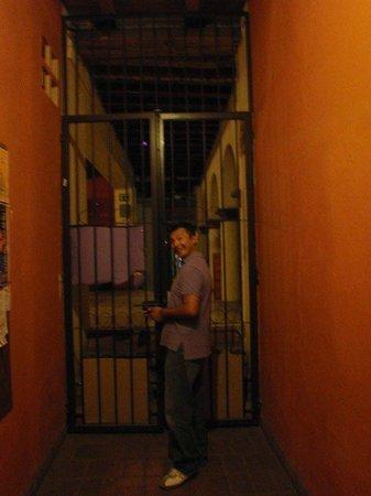 Puerta Vieja Hostel: una segunda puerta de que la también te dan llave