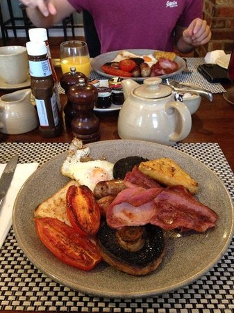 The Falcon At Hatton - Hotel: Wouldn't you like a breakfast like that