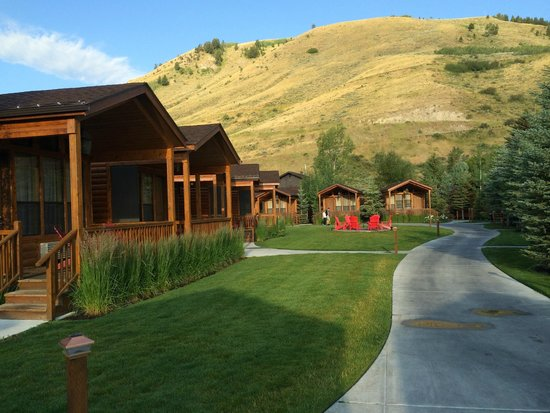 Rustic Inn Creekside Resort and Spa at Jackson Hole : Creekside Cabins