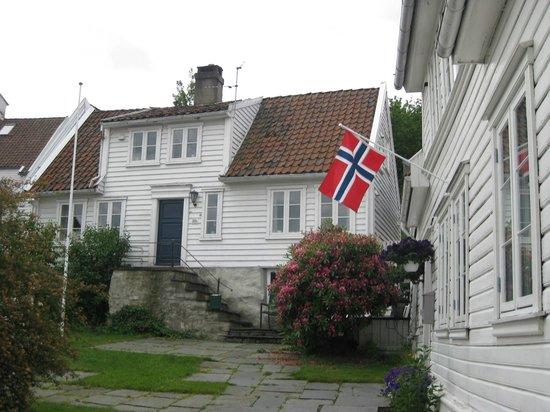 Old Stavanger: Quaint.