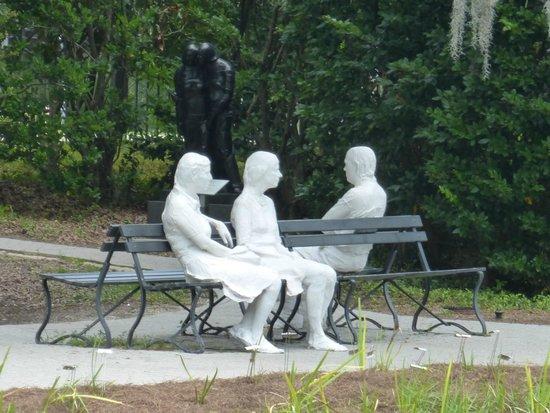 The Sydney and Walda Besthoff Sculpture Garden at NOMA: Art