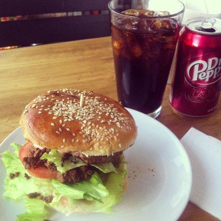 Beefcake: Hamburguesa Clásica.