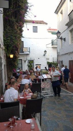 El Balcon de la Virgen : Outdoor seating