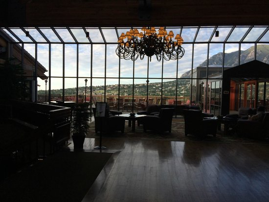 Cheyenne Mountain Resort: View from the lobby