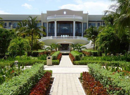 Dreams Tulum Resort & Spa: Dreams, gardens