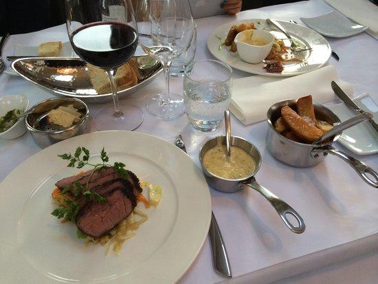 Snogebæk, Danemark : Steak with sides