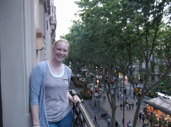 Hostal Benidorm: Balcony over Las Rmblas