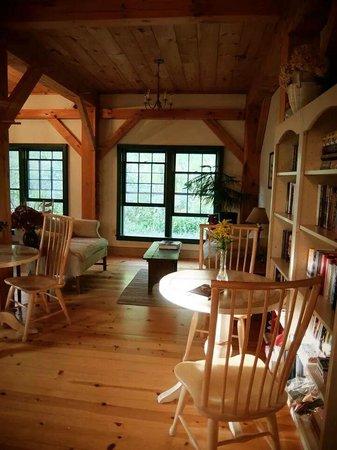 Inn at Silver Maple Farm: Sitting area