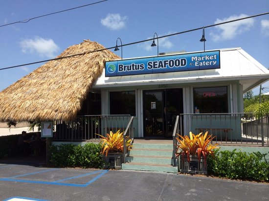 Brutus Seafood Market & Eatery: Brutus Seafood