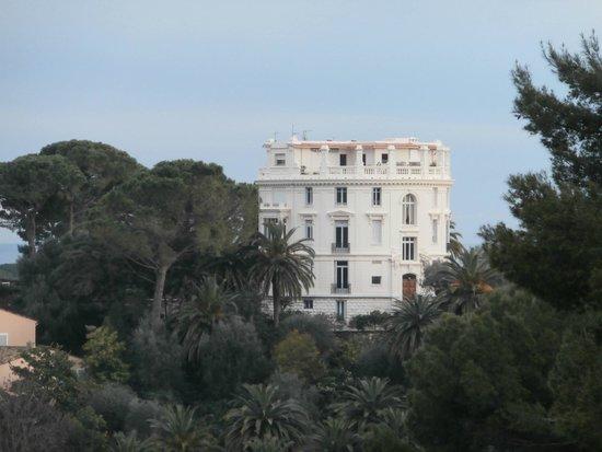 Villa & Jardins Ephrussi de Rothschild: villa rotonda di fronte a villa Rothschild