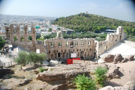 Herod Atticus Odeon : The 3 story front wall.