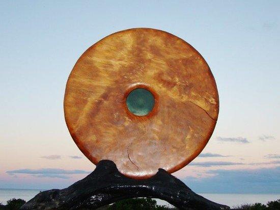 New Zealand Wood and Jade: Large 30,000 year old swamp kauri disc Marsden flower jade insert