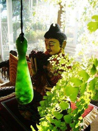 New Zealand Wood and Jade: Marsden jade mere