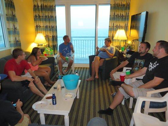 Avista Resort: Family dinner in our room.