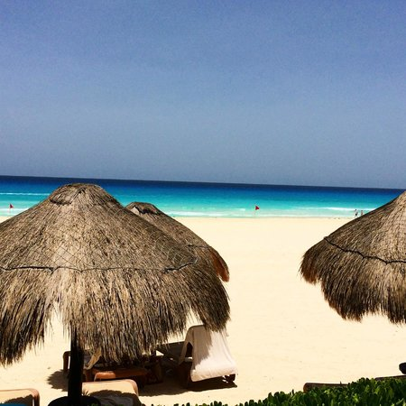 The Westin Lagunamar Ocean Resort: Beach/Ocean View from Beach Huts