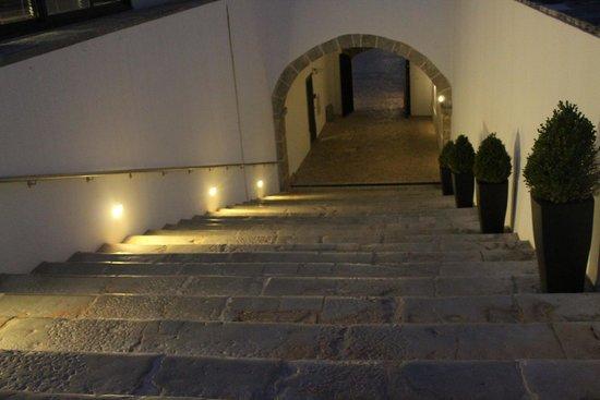 Pestana Cidadela Cascais : Stairs leading to Health Club, pool, restaurant