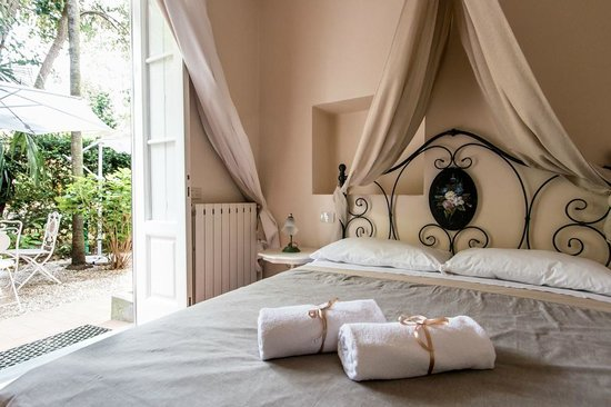 Photo of La Magnolia B&B Lucca