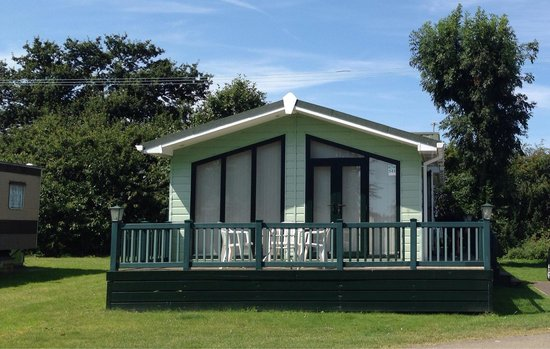 "Cherry Tree Holiday Park: The ""lodge"", plot 543"