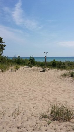Beaver Island: Beach off of CMU Bio Station