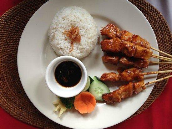 Cafe Wayan & Bakery : satay