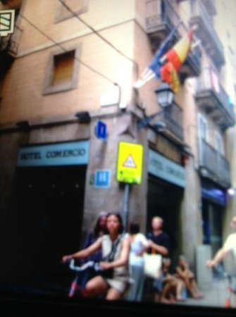 Hotel Comercio Barcelona : fachada do hotel
