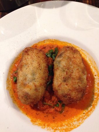 Marco Polo Restaurant : Croquettes (fish)