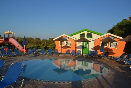 Kipriotis Village Resort: brodzik dla dzieci