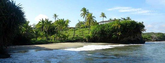 Morgan Bay Hotel: Private beach