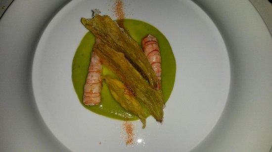 Arnolfo: tortelli di gamberi crema di zucchine