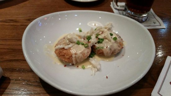 Saltgrass Steak House : Crab cakes ♡