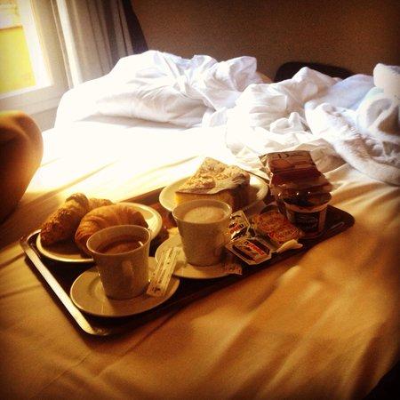 SuiteDreams Hotel: Colazione in camera ❤️