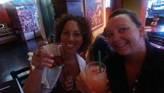 Woodford Cafe: Enjoying our drinks!