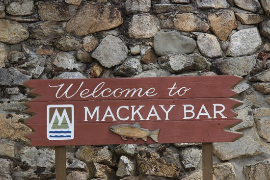 Mackay Bar Outfitters & Guest Ranch: We are here...sign on beach
