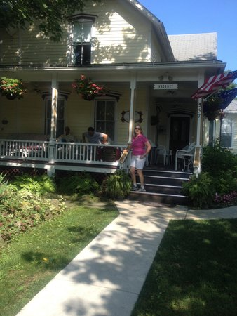 Ashley's Island House: Love the front Porch