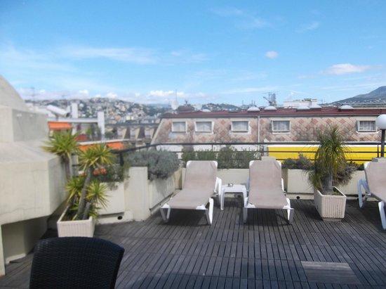Mercure Nice Centre Grimaldi : rooftop terrace