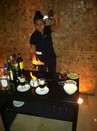 Live Aqua Beach Resort Cancun: Mayan Coffee Presentation