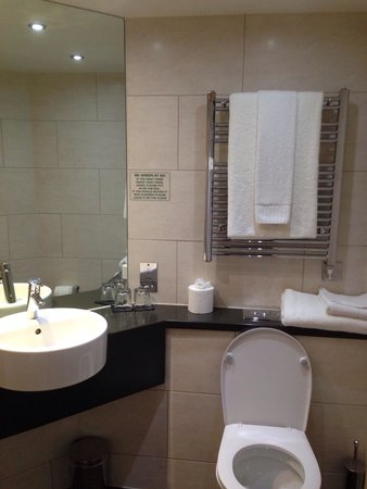 The Bermondsey Square Hotel: Deluxe room