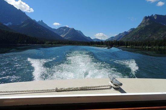 Waterton Shoreline Cruise Co.: Headed back to Waterton