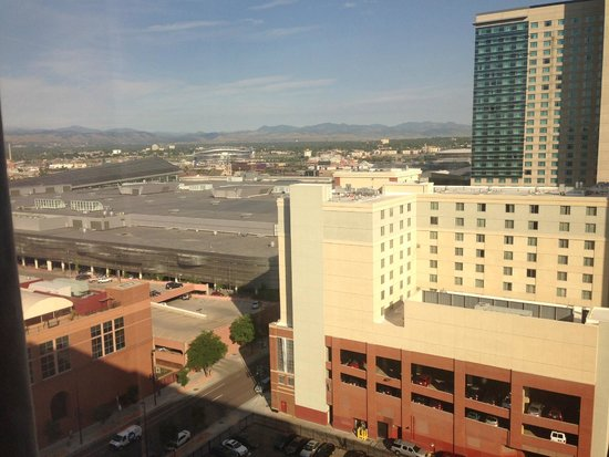 Crowne Plaza Hotel Denver: View from our window