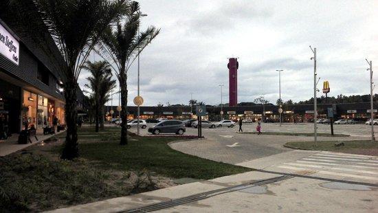 e3937e3de Fachada da praça de alimentação - Picture of Outlet Premium Salvador ...