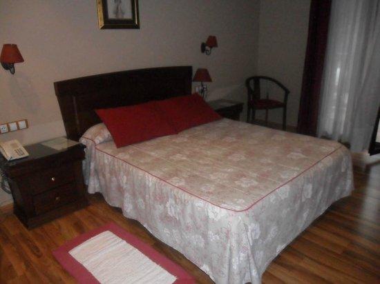 Hotel Maria Manuela: Habitación