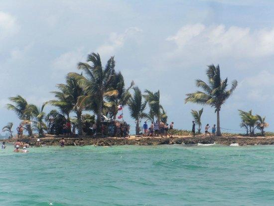 Sol Caribe Campo: rocky cay